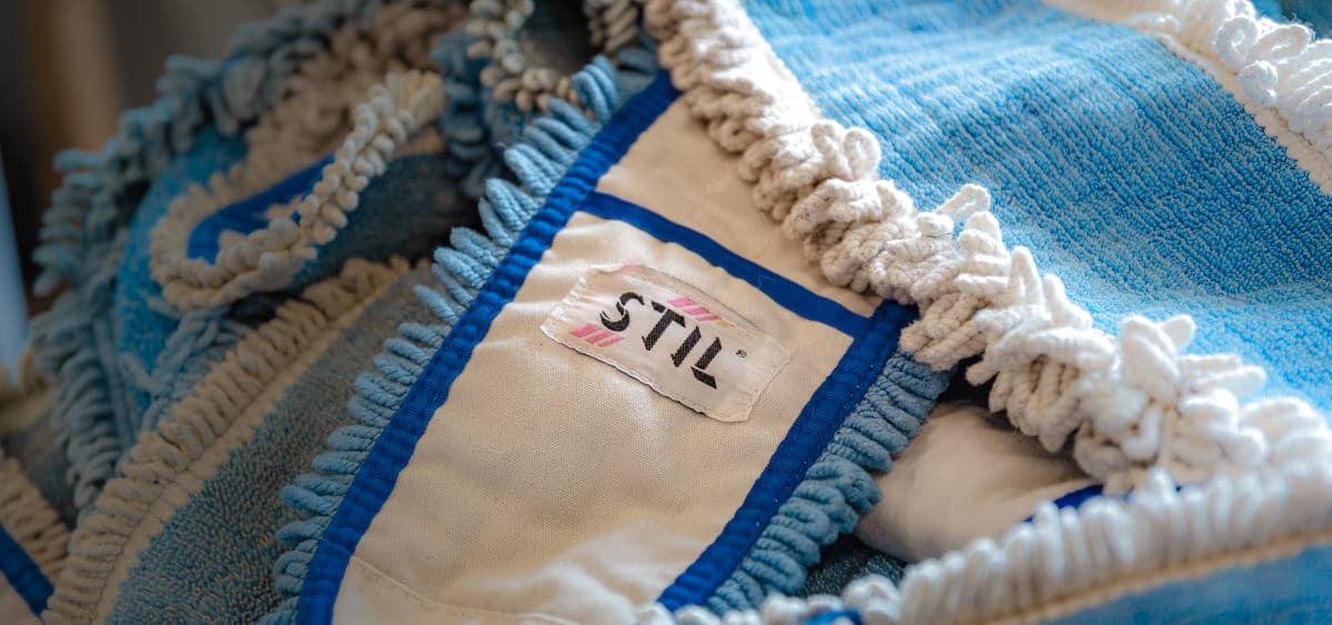 Nærbilde av mopper fra Stil Tekstilservice
