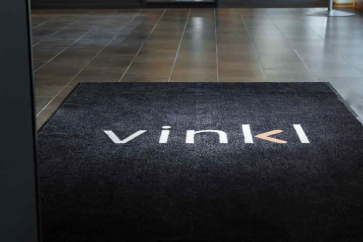 Vinkl Logomatte